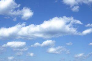Hvide skyer